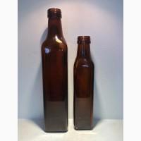 Стеклянная бутылка и пробка под масло